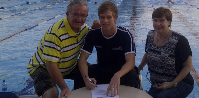Knights Sign South African Swimmer