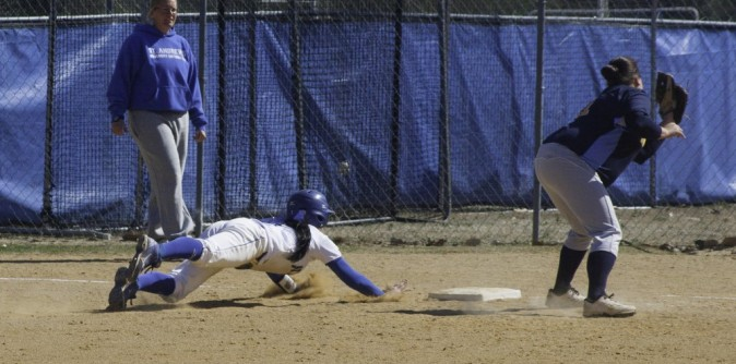 Softball's AAC Tournament run comes to end with Consolation loss