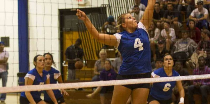 Lady Knights Volleyball picked 7th in AAC Preseason