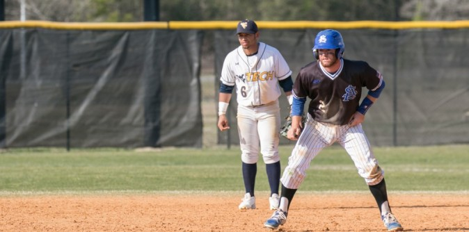 SAU Baseball edges Union to salvage series