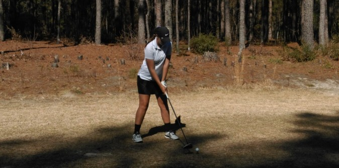 Randell wins title to secure bid to Nationals as Lady Knights finish 2nd at AAC Qualifier